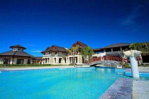 Crimson Cebu Pool