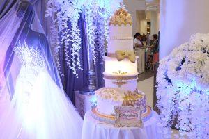 Cake Design White Fondant