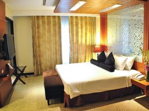 Elizabeth Hotel Premiere Suite