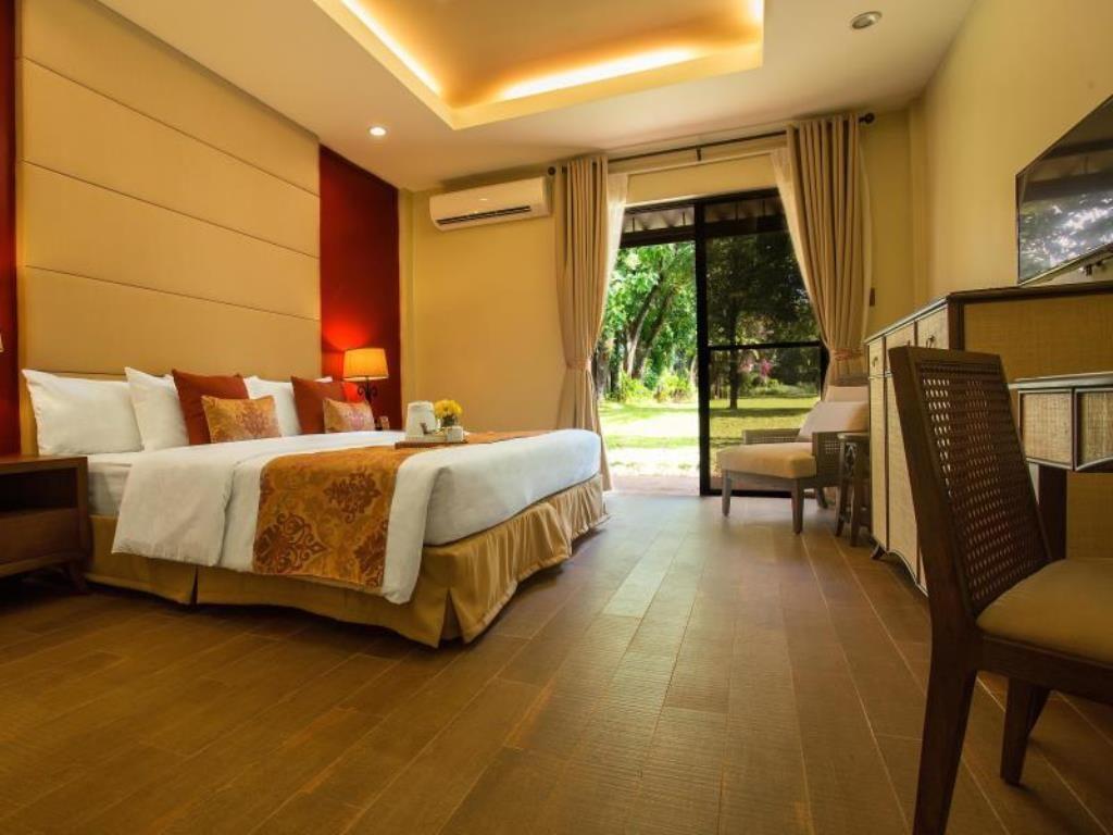Montebello Villa Hotel Premiere